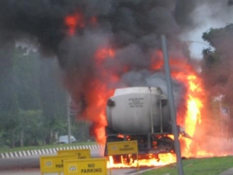 Diesel Tanker Explodes At Mtn Premises In Abuja